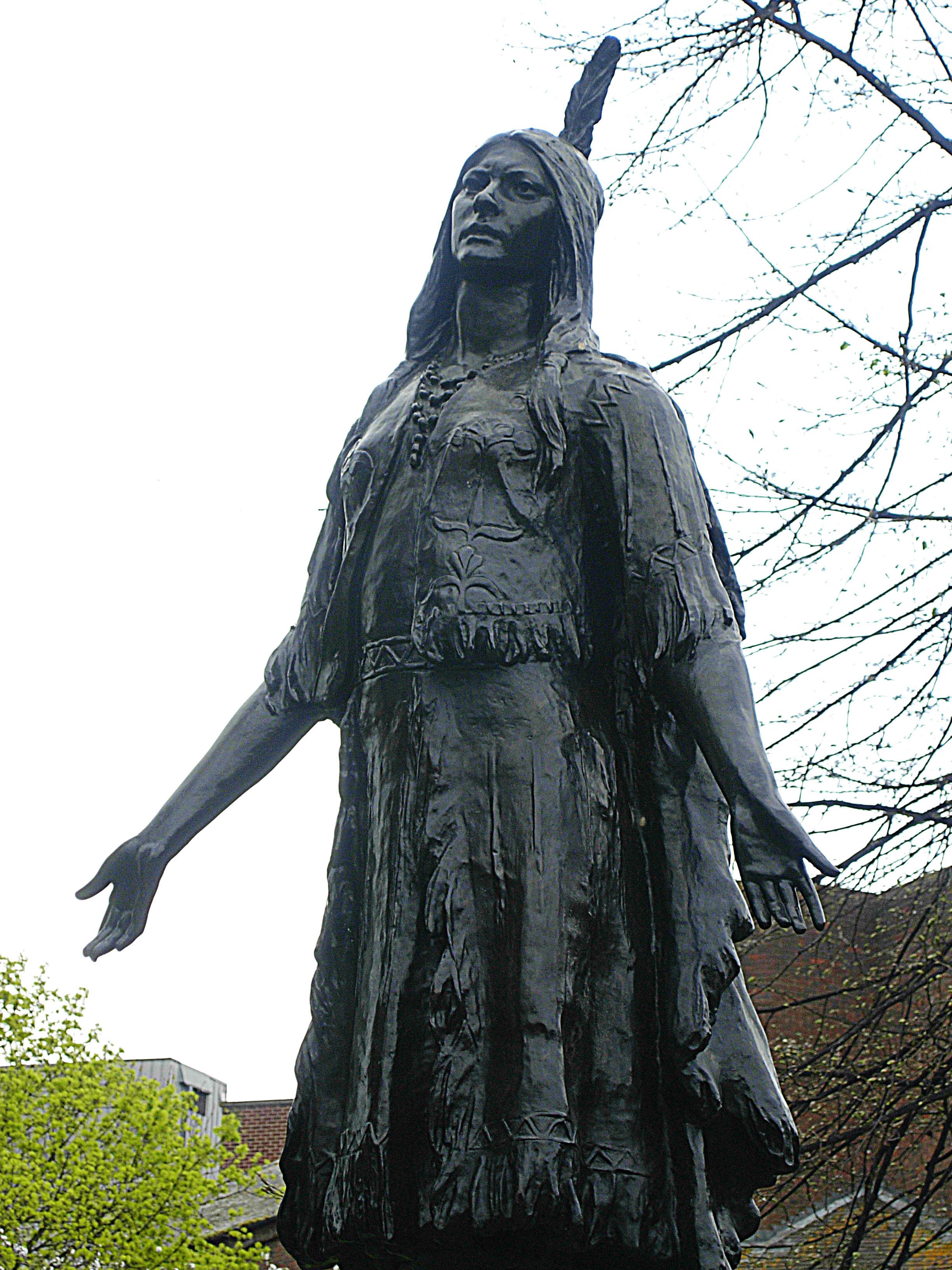 Statue de Pocahontas